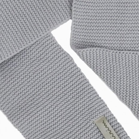 cachecol de trico de algodao organico cinza detalhe