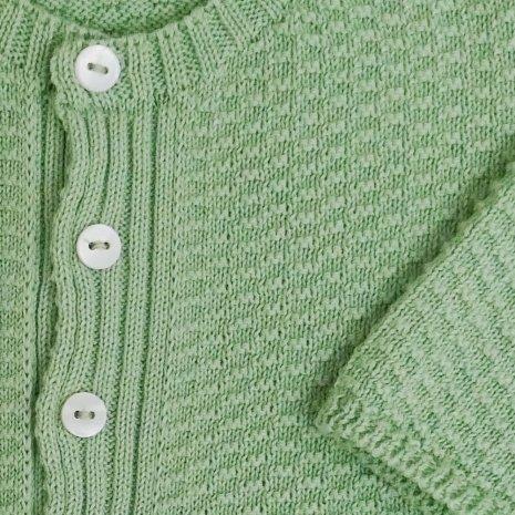 casaco de trico de algodao organico verde detalhe