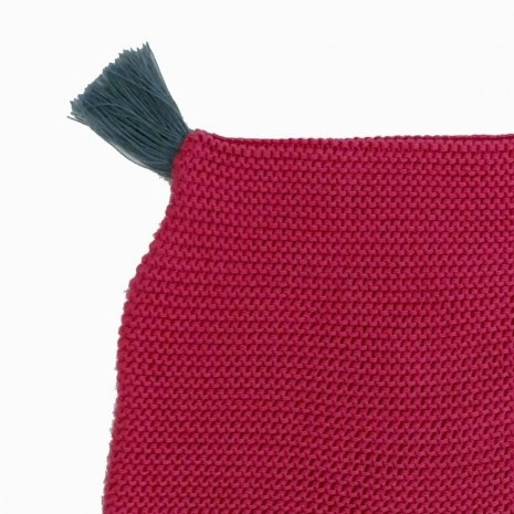 touca de trico de algodao organico rosa detalhe