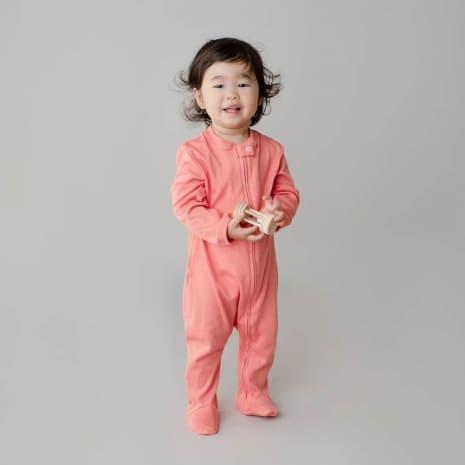 macacao pijama com ziper coral